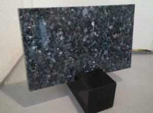 Hauaplaat-Emerald pearl-40x25x3cm
