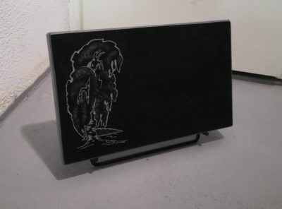 Hauaplaat-kask must-39x24x3cm